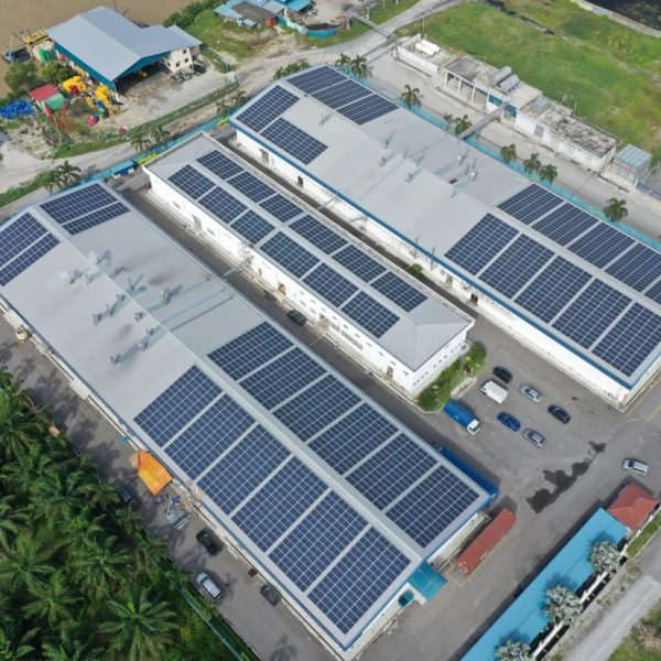 Ray Go Solar EPC focusses on rooftop solar panel system installations, for larger commercial players that often have extensive unused space on their buildings like warehouses or factories. - Ray Go Solar
